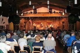 Holiday Show with Singin' Santa @ Albert Music Hall